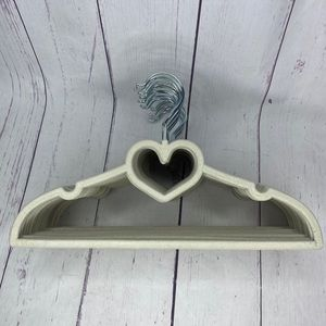 Children's Felt Clothing Hangers  22 Heart Shape